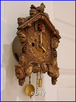 Antique 1936 Lux Keebler Animated Bobbing Bird No. 240 Coo Coo Clock with Box