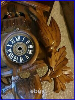 Antique black forest cuckoo clock case! Hunters! Stunning! Rare