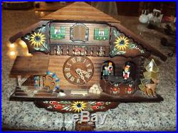 Beautiful Black Forest Hand Carved Chalet Cuckoo Wall Clock-Battery NI ID55611