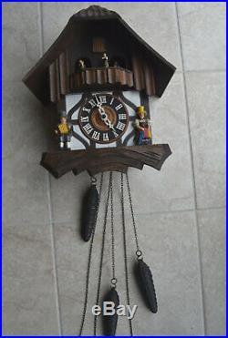 Beautiful Vintage Musical Swiss made Chalet Cuckoo Clock Animated dancers Switze