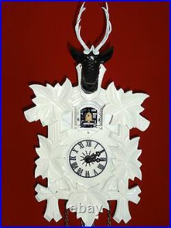 Cuckoo clock black forest quartz german wood batterie clock handmade new white
