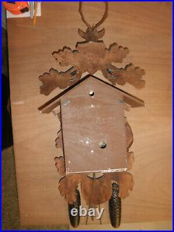 German Black Forest hunter Schmeckenbecher Linden Wood 8 Day Cuckoo Clock CK2663