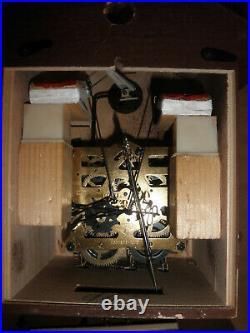 German Black Forest hunter Schmeckenbecher Linden Wood 8 Day Cuckoo Clock CK2678