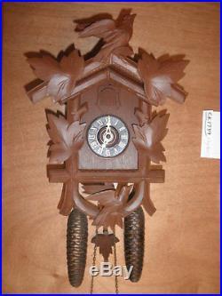 German Black Forest made Herbert Herr Linden Wood 8 Day Cuckoo Clock CK1739