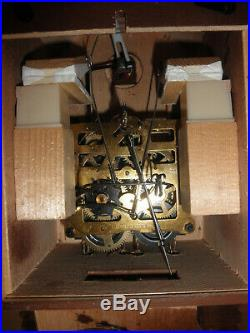 German Black Forest made Hunter Linden Wood 8 Day Cuckoo Clock CK2539