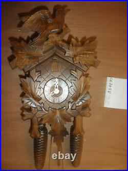 German Black Forest made NIGHT SHUT OFF Linden Wood 8 Day Cuckoo Clock CK2658
