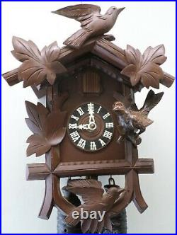 Gorgeous German 8 Day Black Forest Unusual 3 Bird Hand Carved Wood Cuckoo Clock