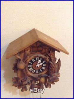 Large German Black Forest Steinadler Carved Wood Quail Hunter Cuckoo Clock