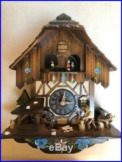 NEW 11 ENGSTLER Cuckoo Clock Black Forest House DOG CAT WOOD CHOPPER GERMANY