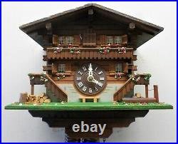 Nice Old Working Wood Swiss Mountain Chalet Widows Walk Cabin Cuckoo Clock