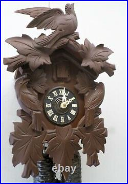 Very Nice German 8 Day Black Forest 3 Bird Hand Carved Traditional Cuckoo Clock