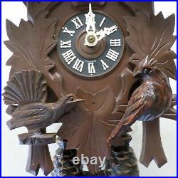 Very Nice German 8 Day Black Forest Unusual 3 Bird Working Carved Cuckoo Clock