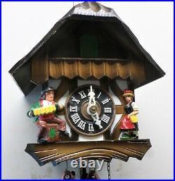 Very Nice German Black Forest Wood Mountain Chalet Cabin Serenade Cuckoo Clock