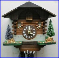 Very Nice Old Working Wood Swiss Mountain Chalet Cabin Cuckoo Clock