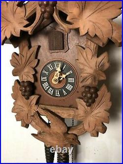 Vintage Bachmaier Klemmer Germany WORKING Single Door 6 Leaf Wood Cuckoo Clock