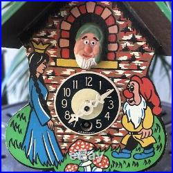 Vtg Snow White Seven Dwarves Cuckoo Clock Germany Painted Wood 40s DOES NOT WORK