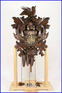 Working Musical Dancing Figure Automaton Wall Hanging Cuckoo Clock